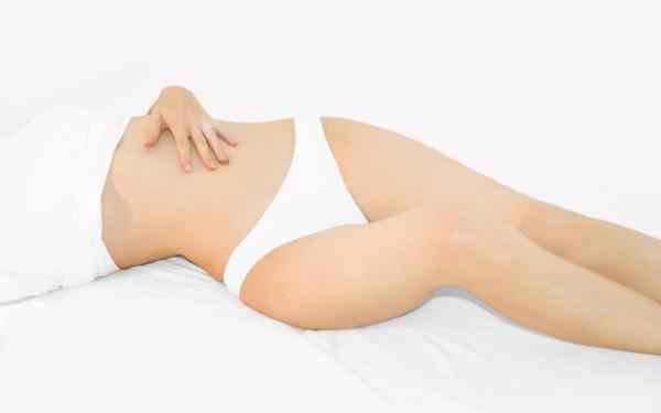 Pieczenie pochwy: przyczyny. Objawem jakiej choroby może być piekący ból pochwy?