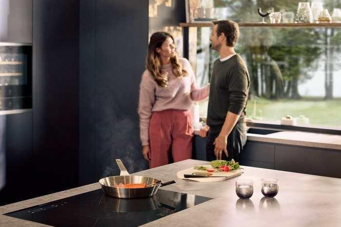 Kolory ścian w kuchni: co zrobić, by aranżacja wnętrza była spójna?