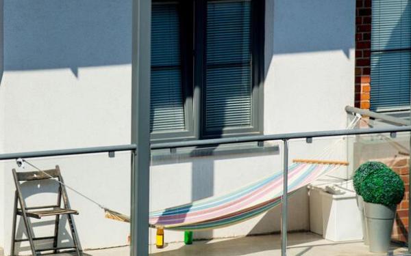 Wybieramy hamak na balkon i taras